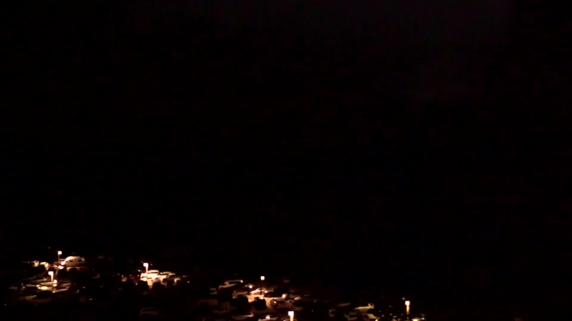 Old Faithful Webcam -- Yellowstone National Park webcams